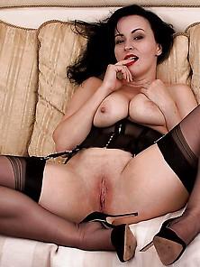 Matura Sexy Stockings