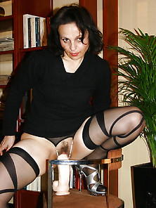 Italian Mature Whore Loves Her Toys