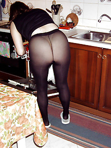 Milf Lover Blowjod And Cum Drinking,  After Dinner.