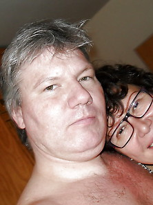Mature Couple Fuck And Pose