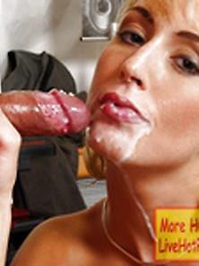 Amateur Blonde Webcam Milf Squeezes Every Last Drop Of Cum From