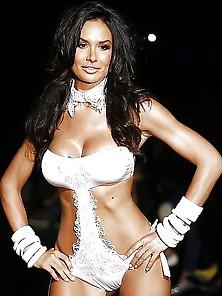 Nicole Minetti - Italian Celebrity