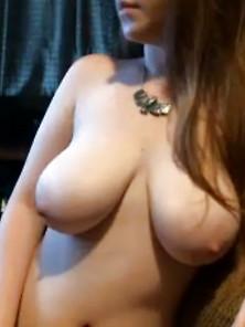 Big Tits Amateur Topless Live Webcam