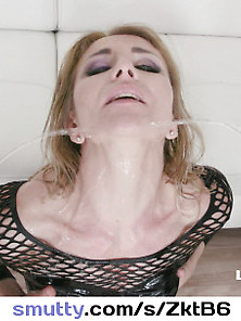 Sindy Rose New Pissing Experience