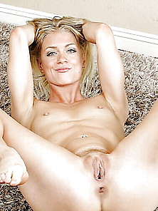 Blonde Shaved Spread Pussy For Wanking Over