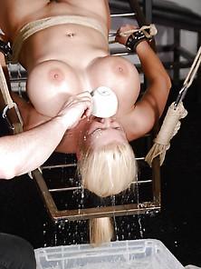 Melanie moon nude