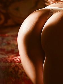 Forcher brüste ronja GLOSSIP