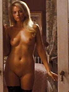 Upskirt margot robbie Margot Robbie,