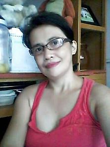reife filipina bild