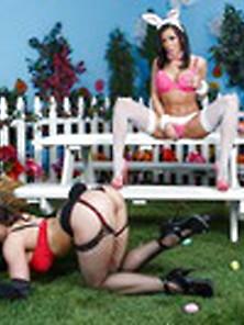 Kendra playboy bunny pics, greek girls fucking nude pics